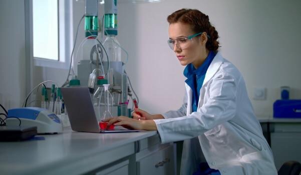 lab results scientist