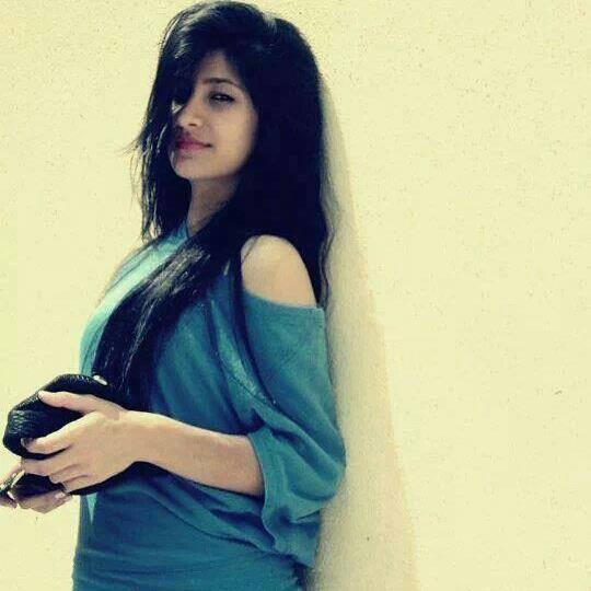 single girl in dubai