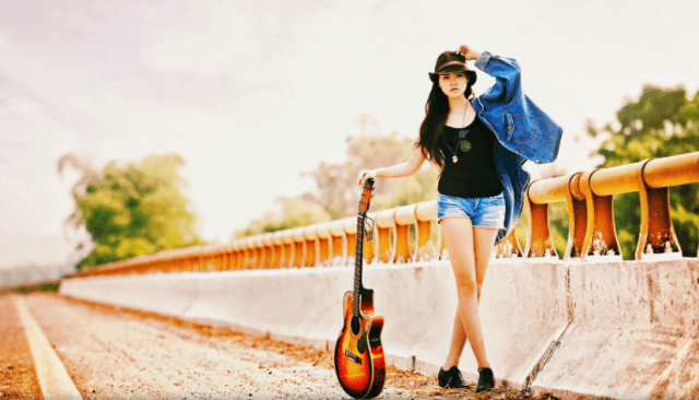 130 Cool Stylish Profile Pictures For Facebook Girls With Guitar