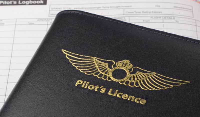 How to Become a Pilot and Make a Good Living